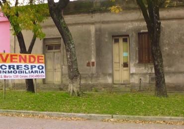 VENTA de Casa Antigua en Crespo